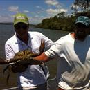Steve Allam and Brett Gilbert with a Mud Crab